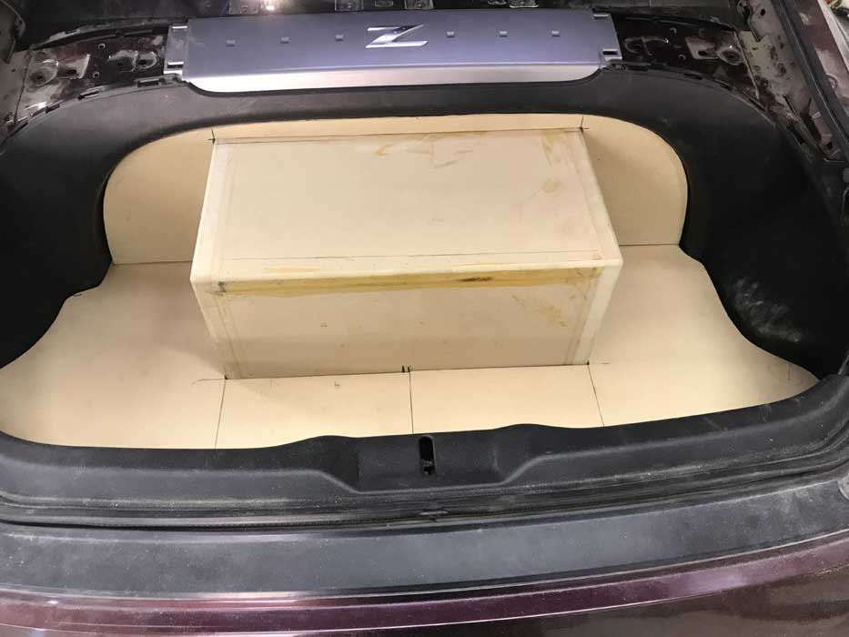 Custom Car Audio Nissan 350z